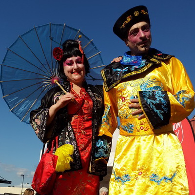 Chinese Stilt Walkers